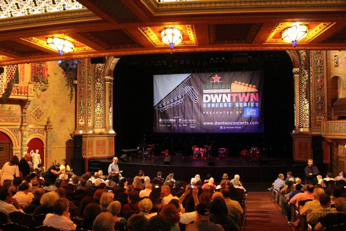 Presencia argentina en el festival de cine de miami for El mural pelicula argentina