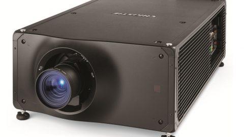Christie presenta el nuevo proyector RGB RealLaser de menor costo para pantallas de cine más pequeñas